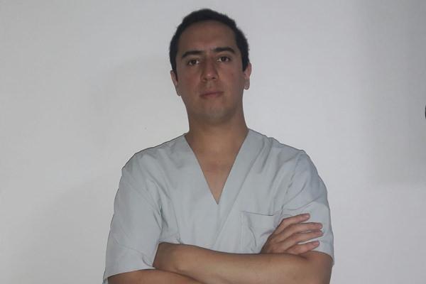 IZTUETA, Carlos M.